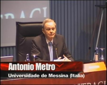 Antonio Metro, catedrático de dereito romano da universidade de Messina (Italia)